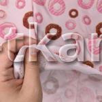 Кулирная гладь 30/1 - Пончики на светло-розовом (ширина 180 см)